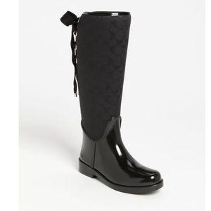 WOMEN'S BLACK COACH SIGNATURE TRISTEE RAIN BOOTS